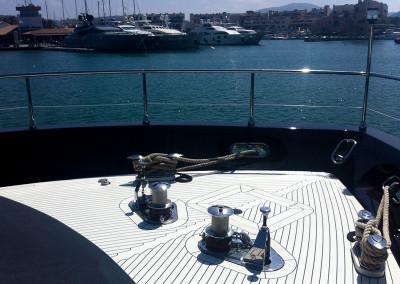 Boat-flooring-Leopard-27-yacht-